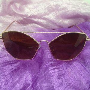 Betsey Johnson Sunglasses - Gold Metal Frame - EUC